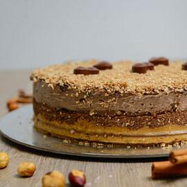Posna Ferrero rocher torta