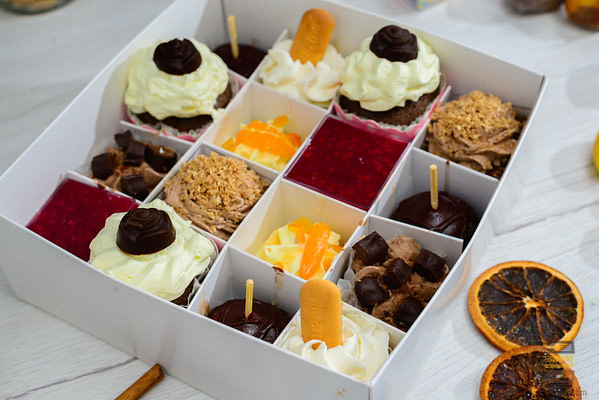 Kutija sa kolacima
