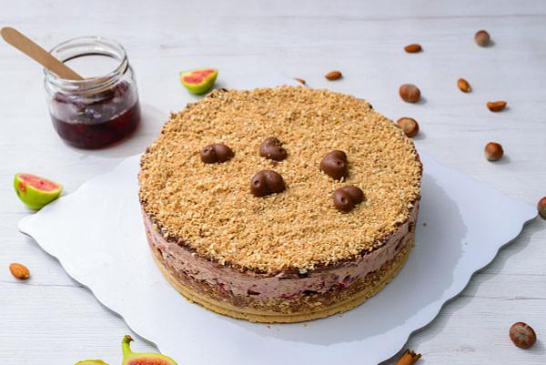 Poklon torta visnja cokolada