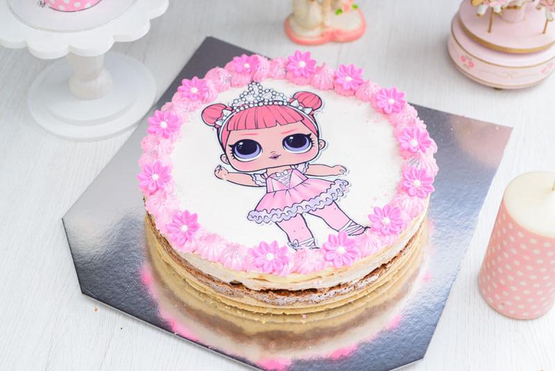 Dečija torta sa jestivim slikama