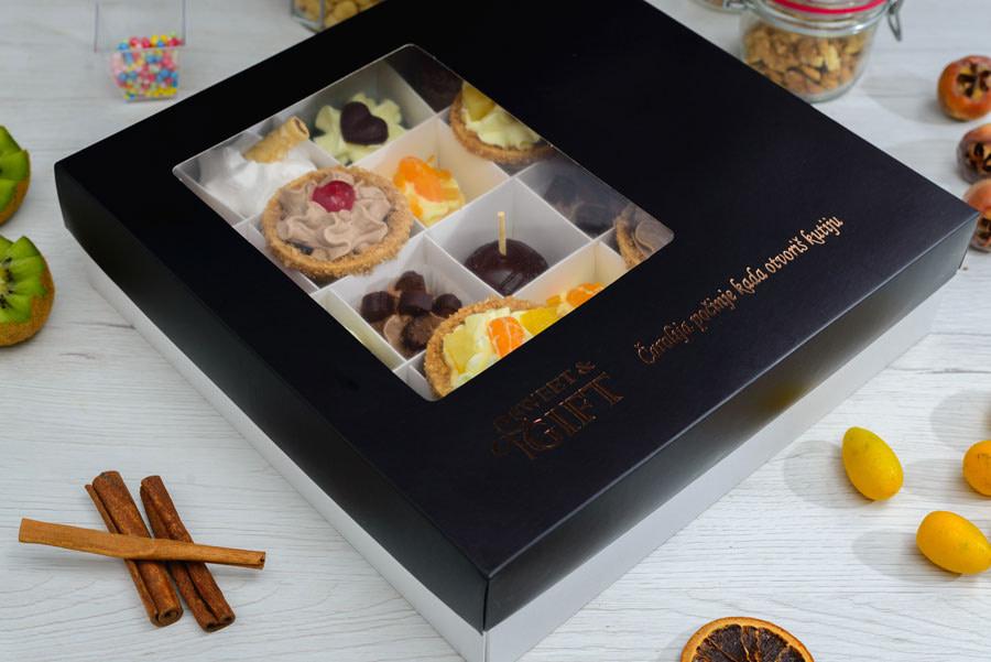 Poklon kolači i domaća rakija