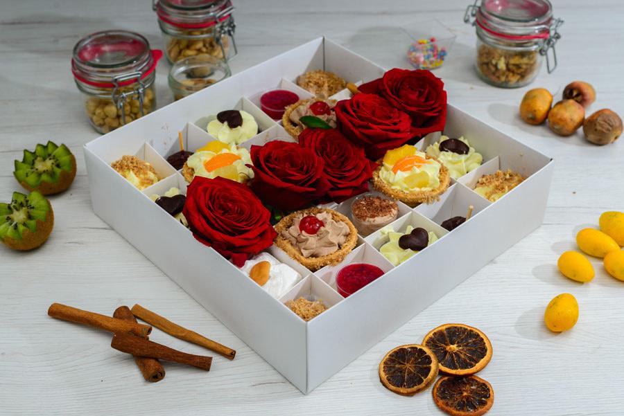Poklon kolači i ruže